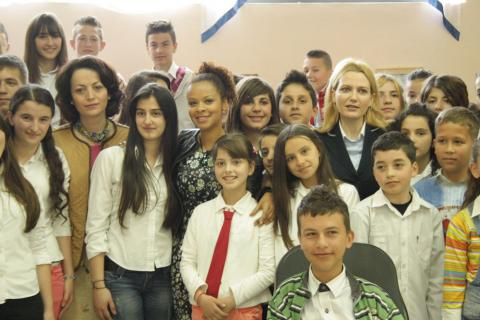 Members Of Albanian Parliament Meet With Children To ...